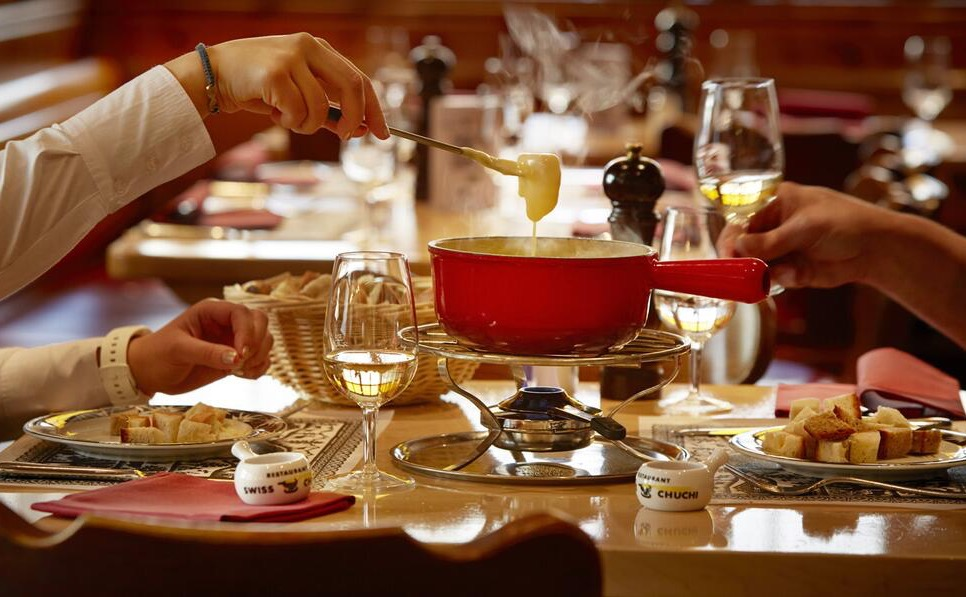Fondue Restaurant Swiss Chuchi