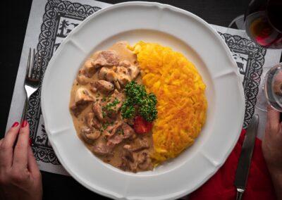 Zürcher Geschnetzeltes Swiss Chuchi Restaurant